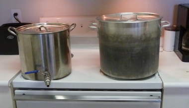 Kettle Tun and Brew Kettle on the Stovetop